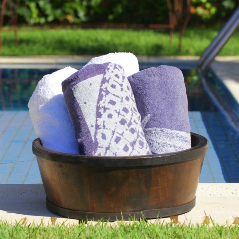 Vasos e Cachepots Dicas de Decoração Dadivária bacia-de-madeira-thai-dark  toalhas na piscina